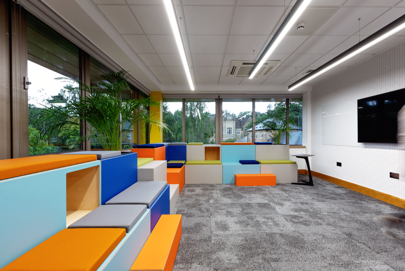 Full length office photograph showing Huddlebox seating in full